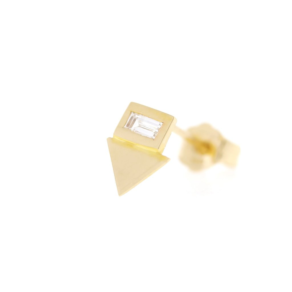 Baguette Diamond Pointer Stud