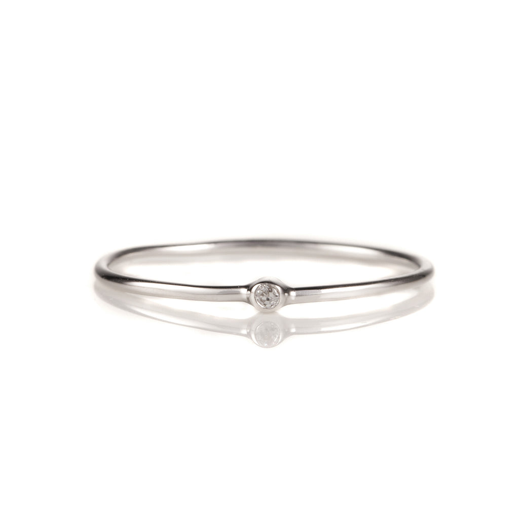 14K White Gold Solitaire Diamond Stack Band