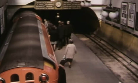 Still taken from (Old) Glasgow Subway train video.
