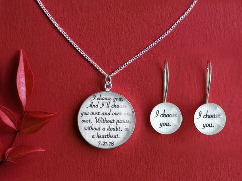Personalized Linen Jewelry Set