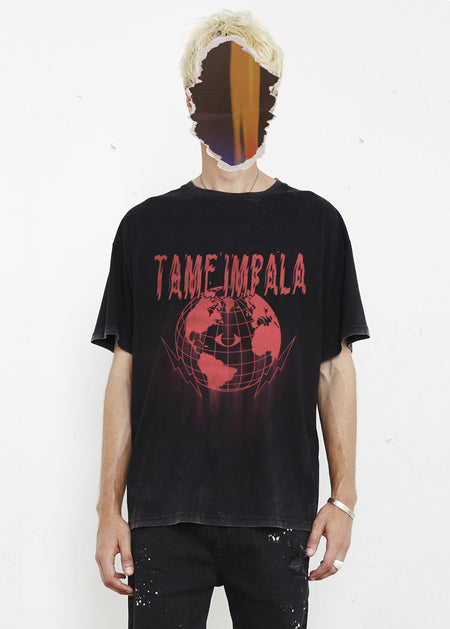 THE PEOPLE VS X TAME IMPALA GLOBE TEE - RED