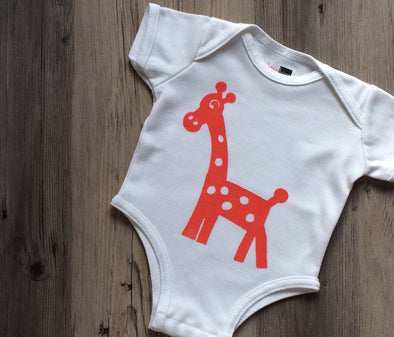 Georgie Giraffe Antimicrobial Wicking Bodysuit - BonnBonn Baby Antimicrobial Wicking Baby Clothing and Essentials