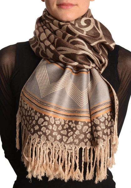 Assimetrical Ornaments On Brown Pashmina With Tassels