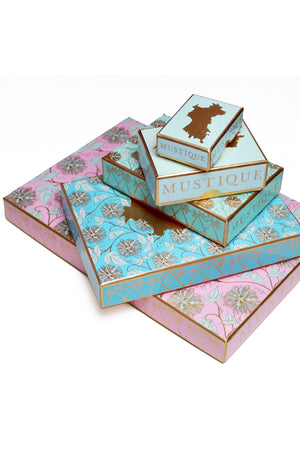 All Lotty B silks come in a fabulous presentation box