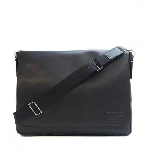 'Davi' messenger cross bag from NAE - black