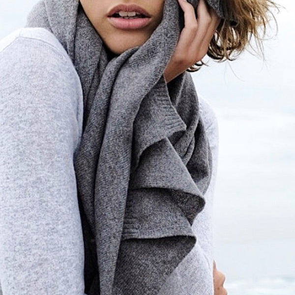 100% Cashmere 'Jean' Wrap - Charcoal Marle Grey - sonyahopkins.com