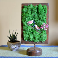 Privy Prattle Tabletop Moss Frame