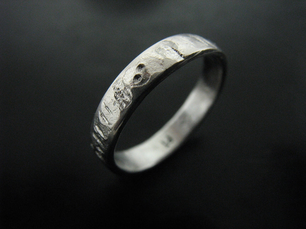 Xiaofei's Wedding Ring