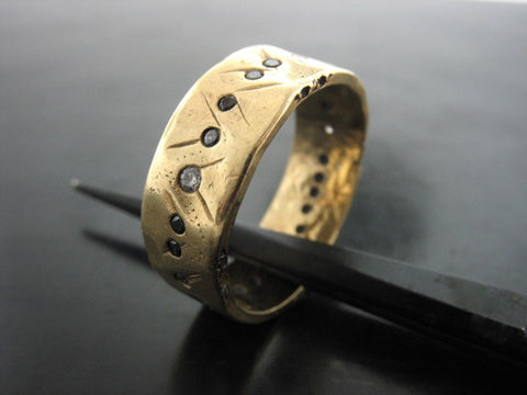 Pontus Wedding Ring- Yellow Gold-Black & White Diamonds