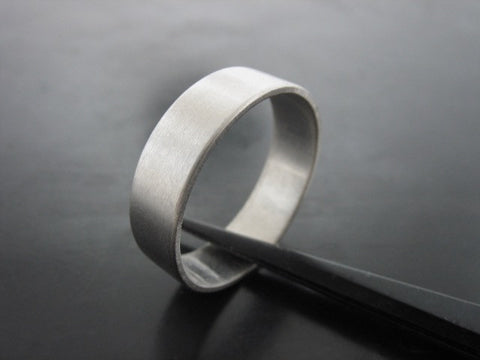Jiou Ring- White Gold