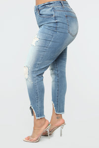 Flash Those Pearls Skinny Jeans - LightWash