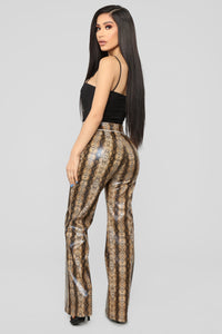 No Snakes Allowed Print Pants - Brown