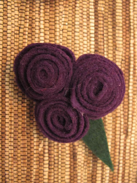Felted Flowers Brooch or Hairclip Class