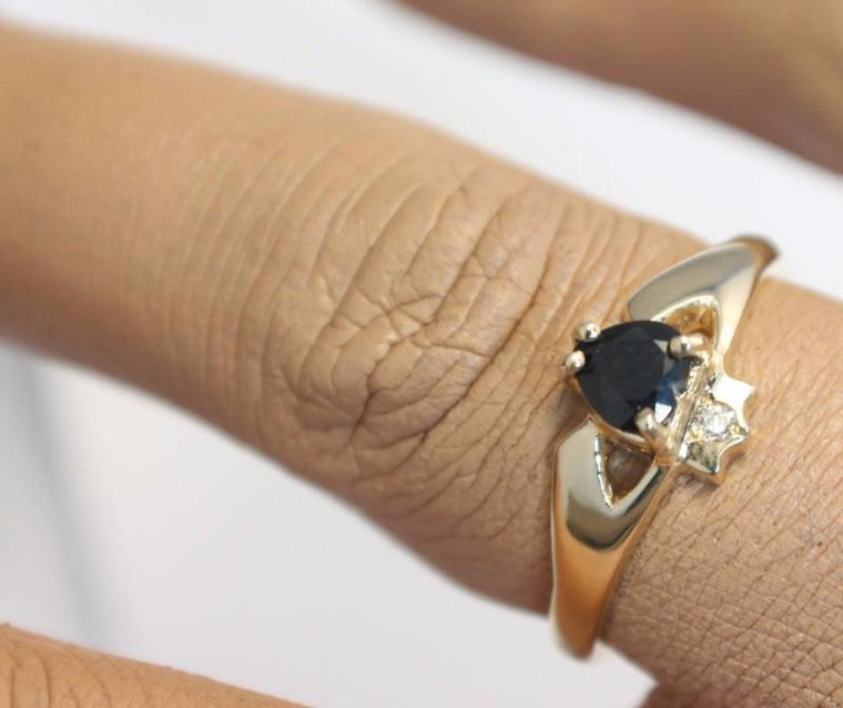 Jewelry - 14K Claddagh Ring, Real Black Sapphire And Diamond Contemporary Claddagh Ring