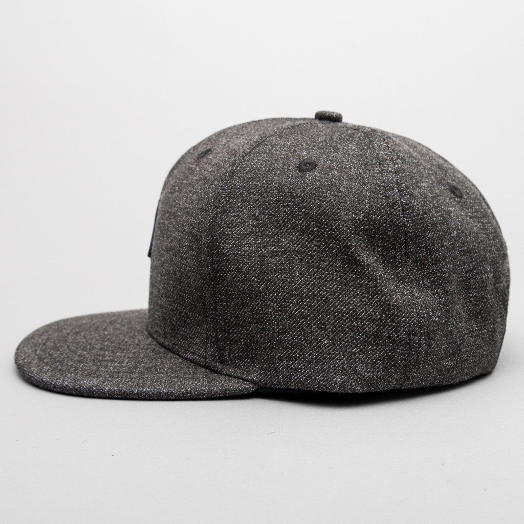 Cottonmouth (Ash Grey)