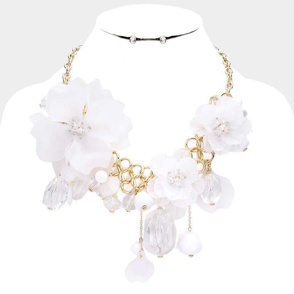 Beautiful Triple White Rose Necklace of Elegance