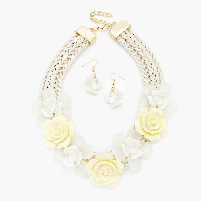 White Rose Cluster Rope Necklace Set