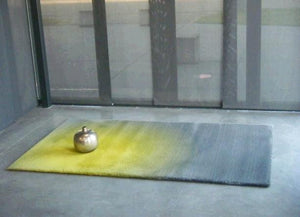 Cameleon Rug - yellow and grey