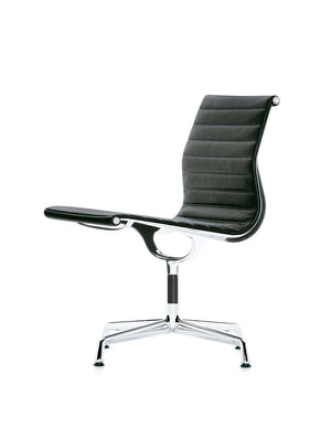 Eames Aluminium Chair EA 105, black leather