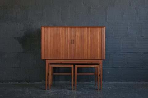 Tambour_Door_Teak_Bar_Whole