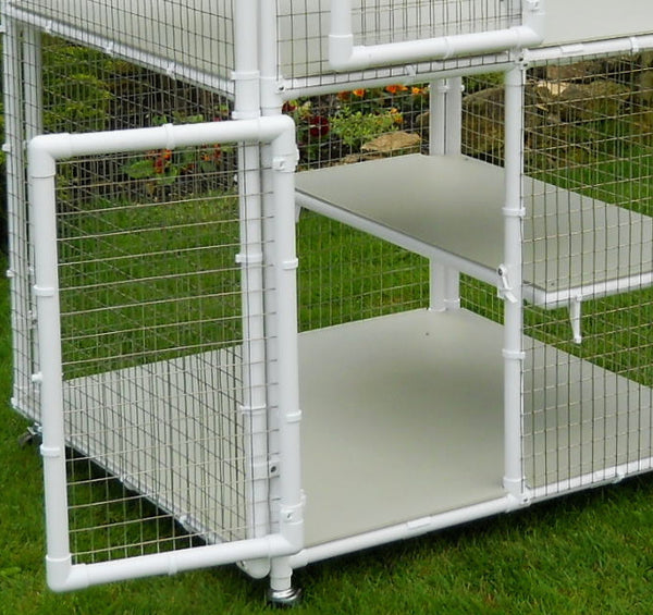 Showing open door on a Penthouse Product cat cage