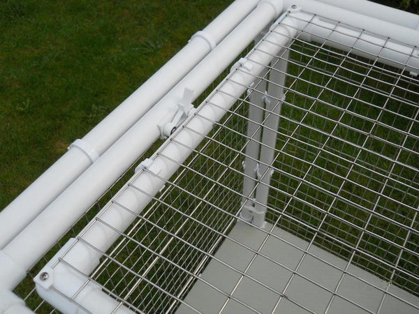 Showing unique locking system on a Penthouse Product cat cage door