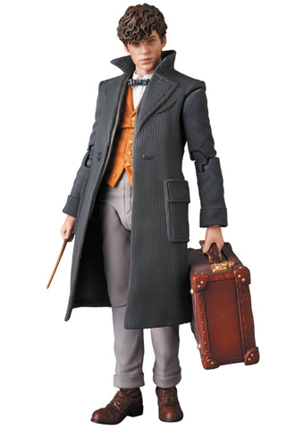 Fantastic Beasts: The Crimes of Grindelwald - Newt Scamander - Niffler - Pickett - Mafex No.097 (Medicom Toy)