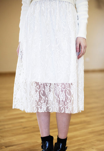 Midi Skirt In Lace - White
