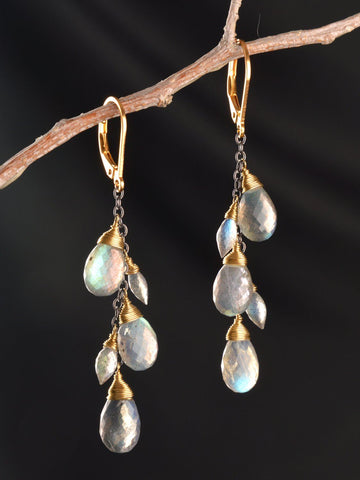 Dream Long 18kt Gold Earrings