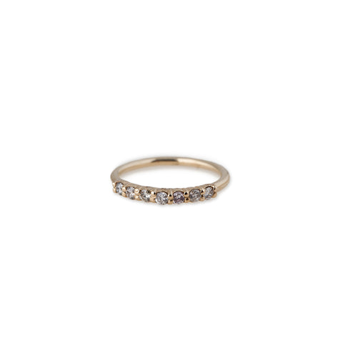 7 DIAMOND SMOOTH RING