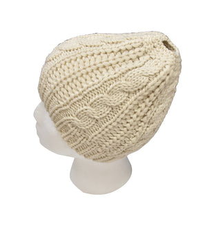 CABLEKNIT BEANIE WITH PONY HOLE