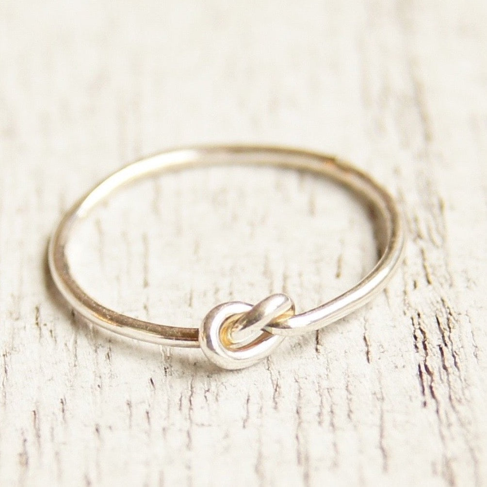 Knot ring in sterling silver or gold filled