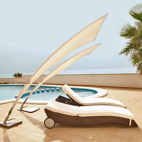 Outdoor Furniture - Sun Lounger - FishTail