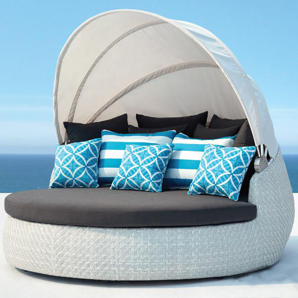 Outdoor Furniture - Day Bed - Classique