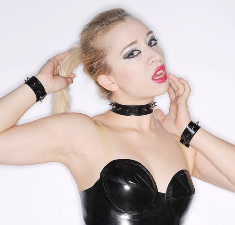 Latex Accessory Set: Basic Spike Choker and Cuffs