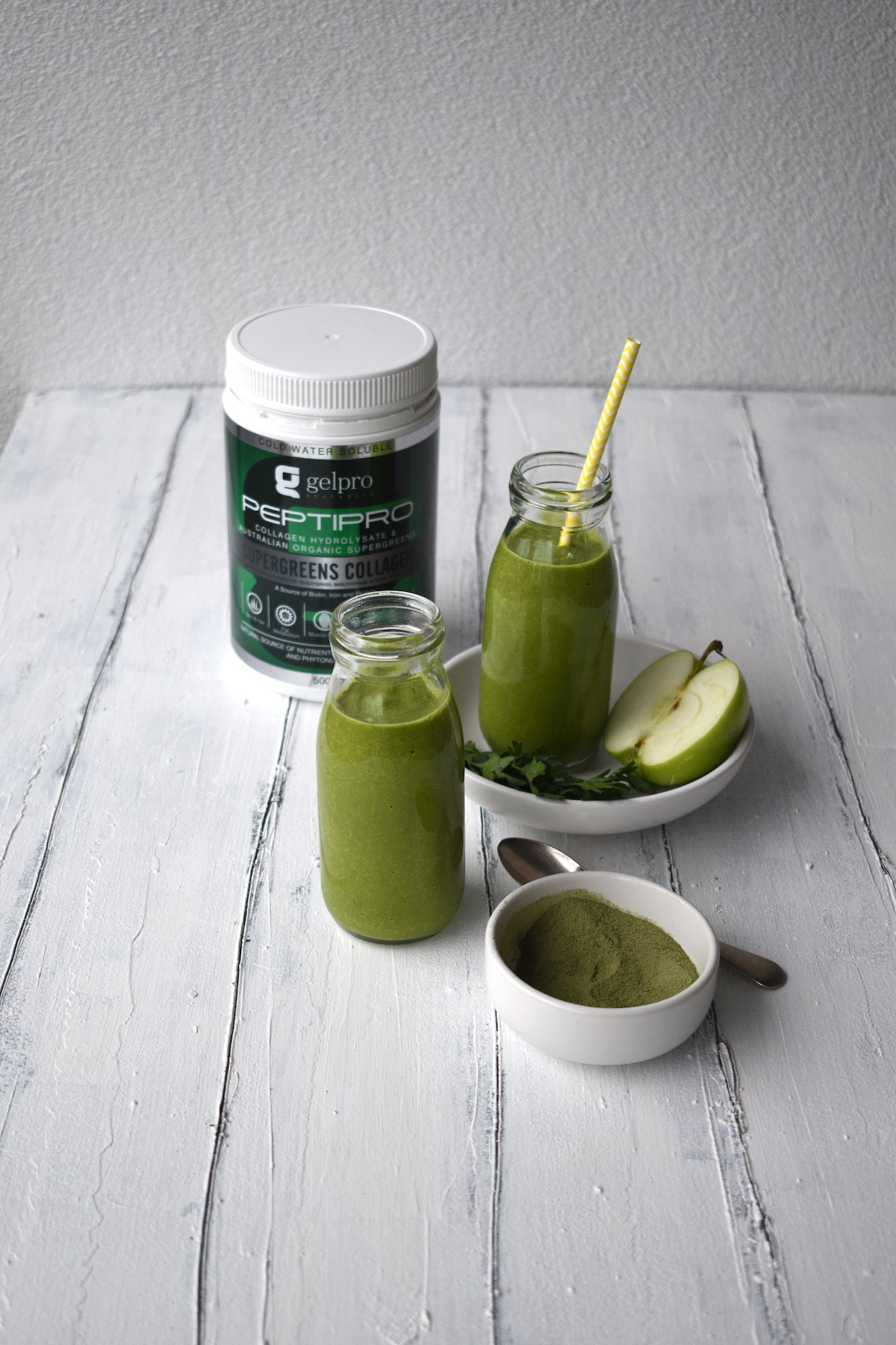 Super Easy, Supergreens Smoothie!