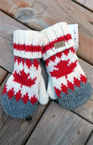 Mittens - Maple Cabin Mittens / Grey