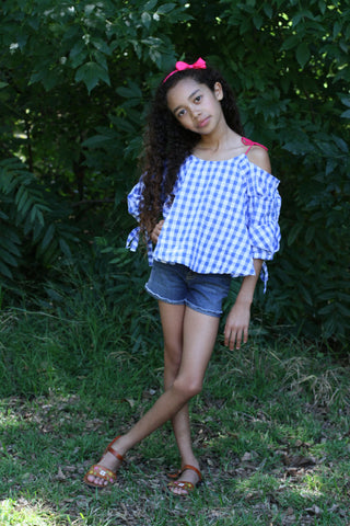 Girls of the shoulder gingham top
