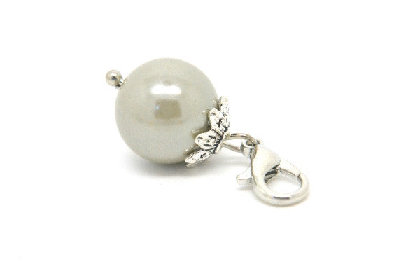 Silver Grey Pearl Dangle