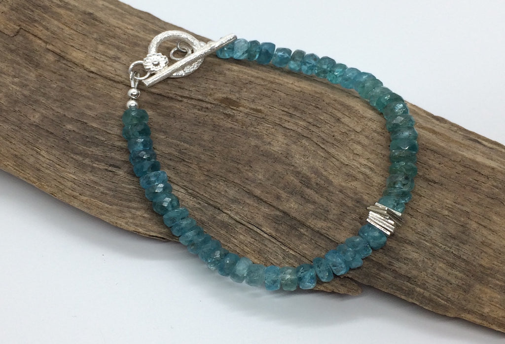 Apatite faceted bracelet