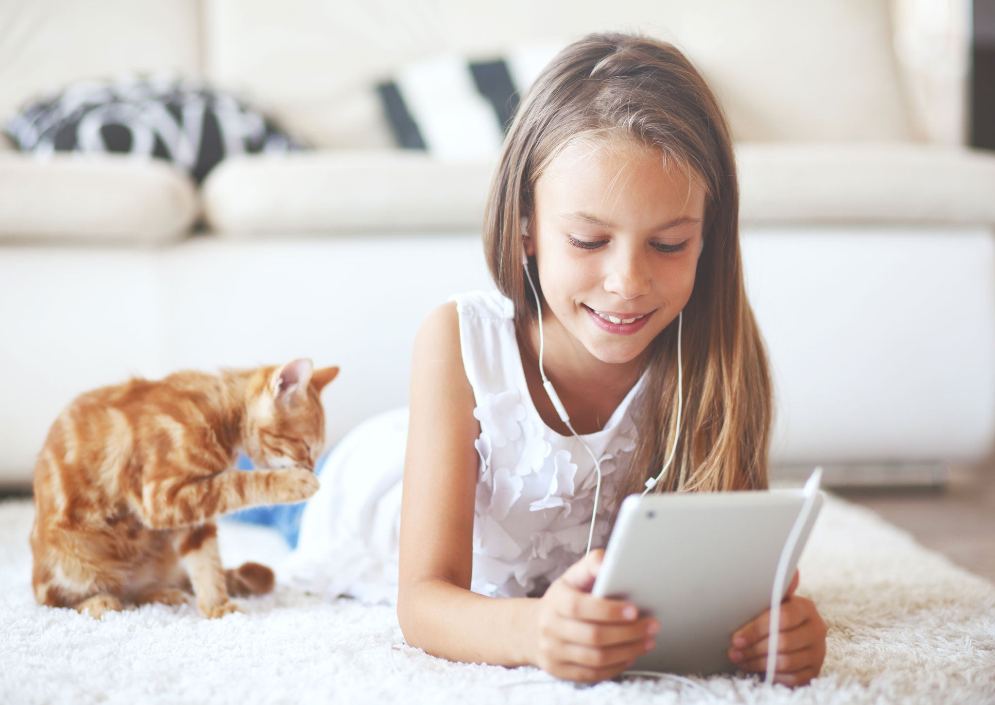 Children And Screen Use: Good, Bad, Or Just The Way It Is? - Lovefone, London