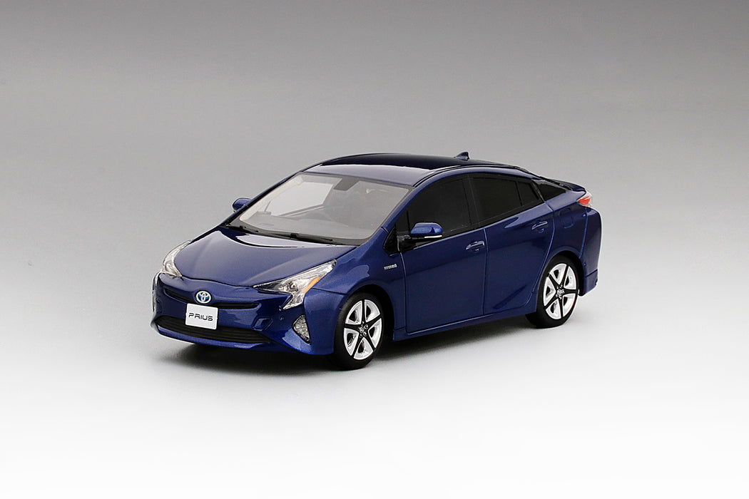 TSM Model - Toyota Prius Blue Crush Metallic (RHD) resin scale 1:43 available on dec 2017 pre-order now (TSM430258)