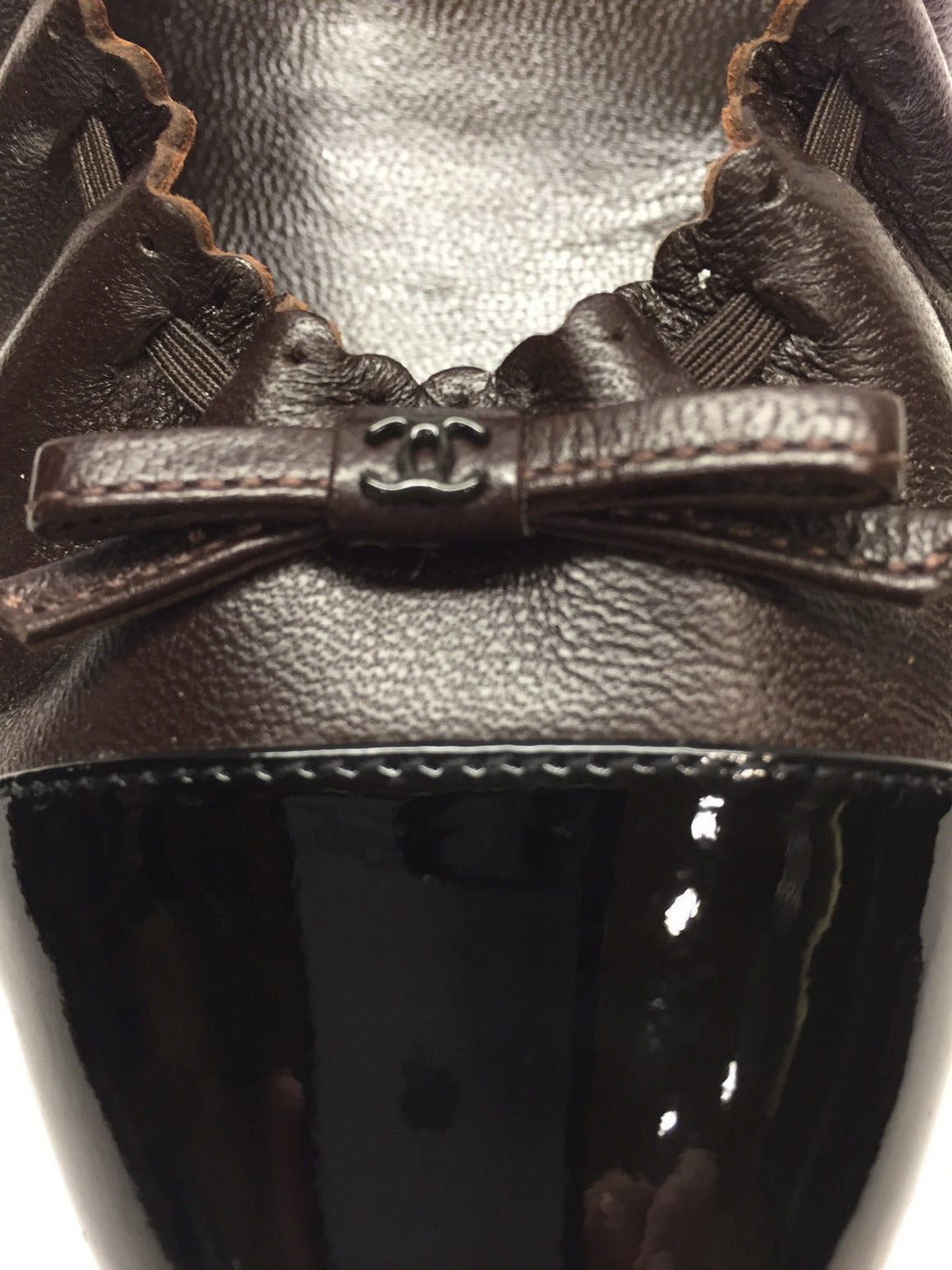 bisbiz.com CHANEL  Brown Leather Scalloped Edge Black Patent Toe  Logo Bow Ballet Flats Shoes  Size: 39.5 - Bis Luxury Resale