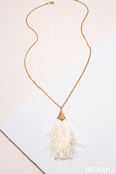 Feather in Your Cap Necklace By Simply Noelle