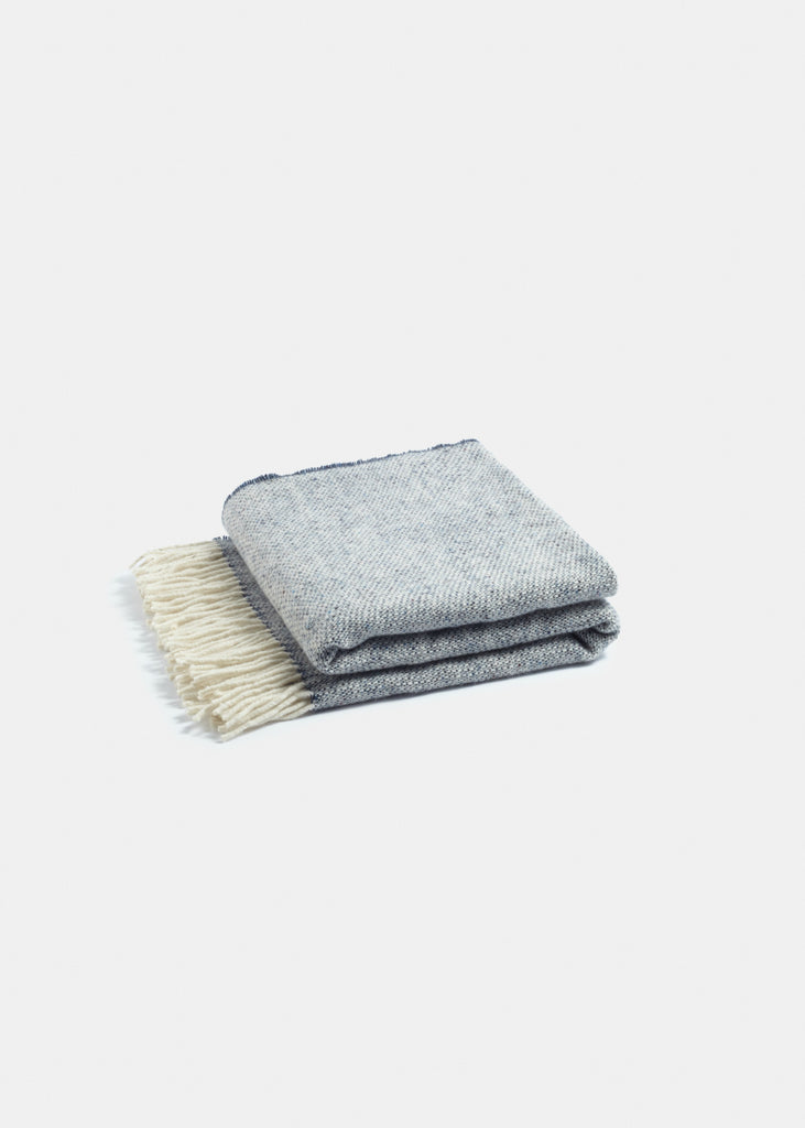 Premium Merino Wool Throw Navy - YUYU Sustainable Home Goods