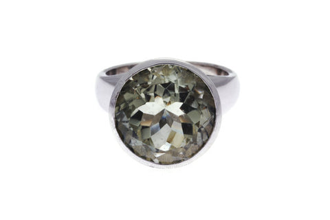 Silver Ring Rhodium Plated With Green Quartz