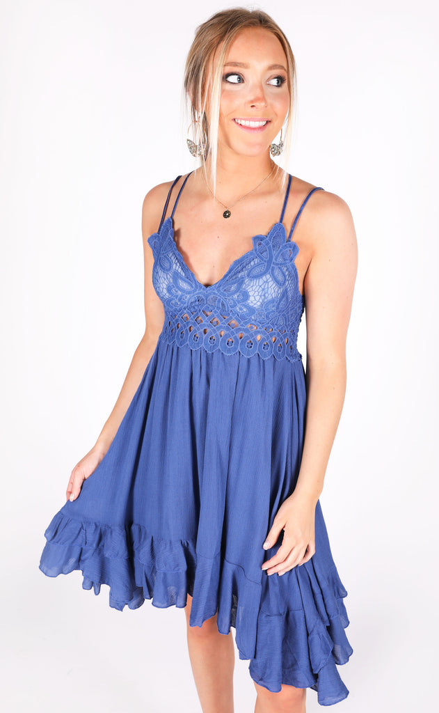 chase the sun slip dress - denim