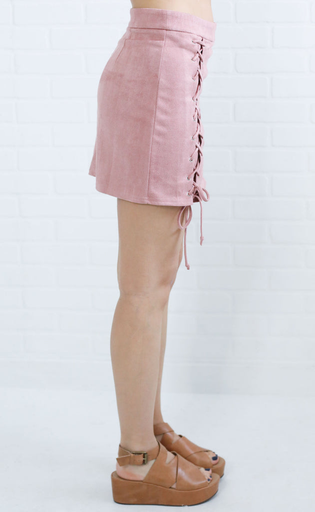 criss cross suede skirt - mauve