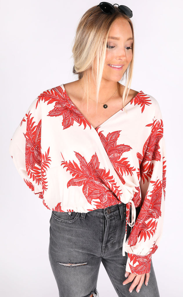 tropic heat printed top