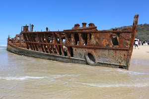 Photo of the shipwreck of the SS Maheno on Fraser Island